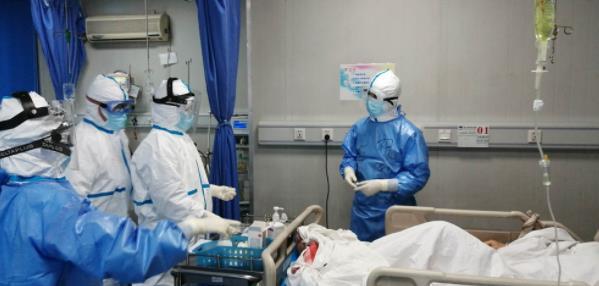 """欧美病人和大夫16p_""""海归""""医生祝新根:如果意大利需要支援 我毫不犹豫报名_欧美 ..."""